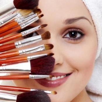 Alona Beauty Care in Perumbavoor, Ernakulam