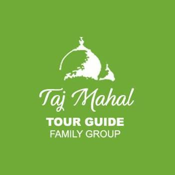 Taj Mahal Tour Guide Family Group in Agra
