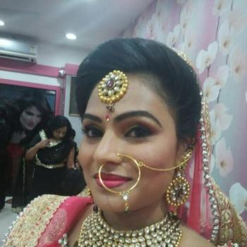 MONALISA BEAUTY PARLOUR in Paingottoor, Ernakulam