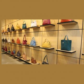 Global Bags & Footwear in Thrissur
