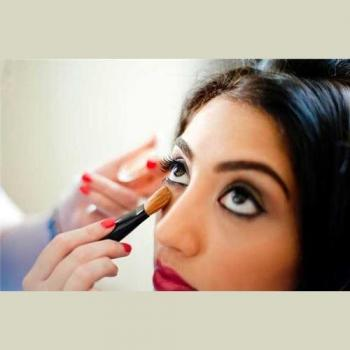 Glamour Beauty Parlour in Kodungallur, Thrissur