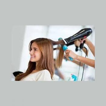 Eshaanz Beauty Parlour in Beypore, Kozhikode