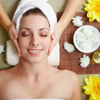 Facial at Leyas Shahnaz Herbal Beauty care in Perumbavoor