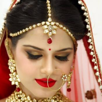 Bridal Make Up at PONNUS BEAUTY PARLOUR in Perumbavoor
