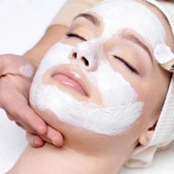 Facial at PONNUS BEAUTY PARLOUR in Perumbavoor