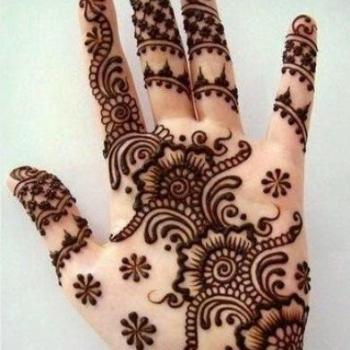 Mehandi Designing at La Bella Beauty Parlour in Piravom