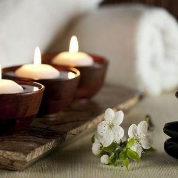 Aroma Massage at Diya Health Spa in Thane