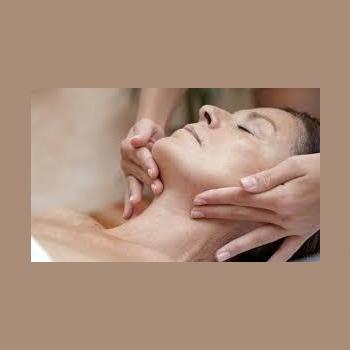 Herbal Facial at Diya Health Spa in Thane