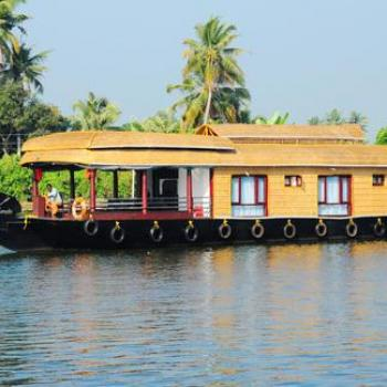 HOUSE BOAT SERVICES at Cab In Kerala in Kochi
