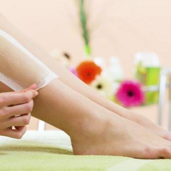 Wax Removing at Live n Beauty Parlour in Kalamassery