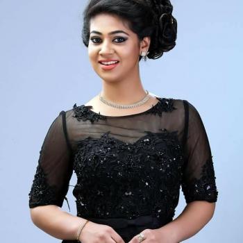 Hair Style at Vijesh Makeover Studio - Bridal & Celebrity Make up Artist in Kakkanad